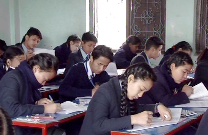 लामो समयदेखि स्थगित कक्षा १२ को परीक्षा आजबाट शुरु